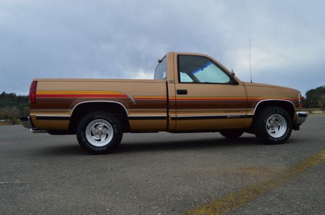 1988 chevy silverado ss beachcomber custom origanal truck lowered. Black Bedroom Furniture Sets. Home Design Ideas