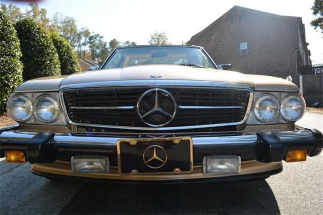 1988 mercedes benz 500 class 560sl 111032 miles gold 2d for Gold mercedes benz price
