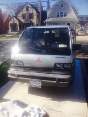 1988 Mitsubishi Van Wagon Ls Model Original Owner For