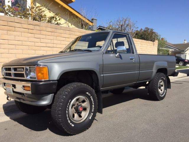1988 toyota pickup 4x4 efi 22r single owner ca original. Black Bedroom Furniture Sets. Home Design Ideas
