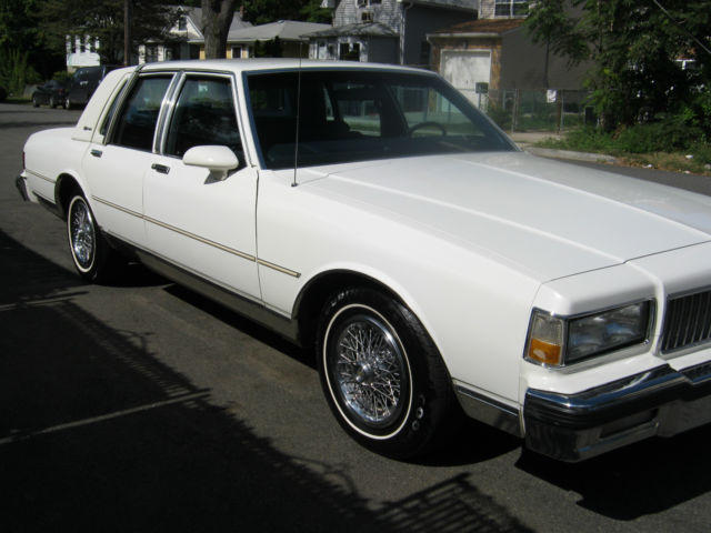 1989 chevy caprice ls brougham 50 000 miles garage car real clean white for sale in staten. Black Bedroom Furniture Sets. Home Design Ideas