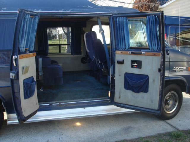 1989 chevy g20 conversion van for sale in apex north carolina united states. Black Bedroom Furniture Sets. Home Design Ideas