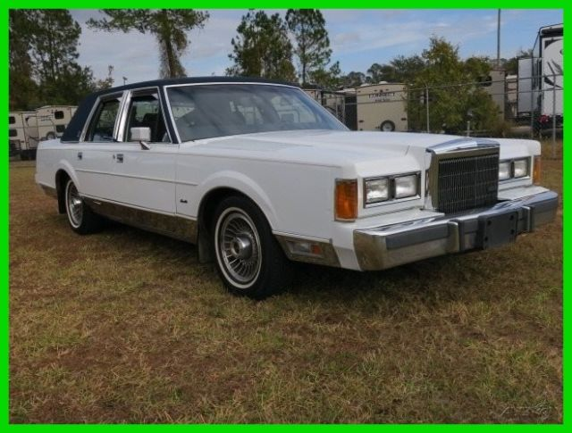 1989 Lincoln Town Car Signature Gucci Edition Only 74k Miles