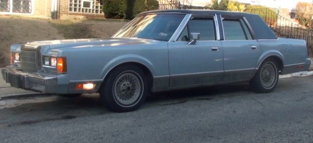 1989 Lincoln Town Car Signature Sedan 4 Door 5 0 Loaded Extras For