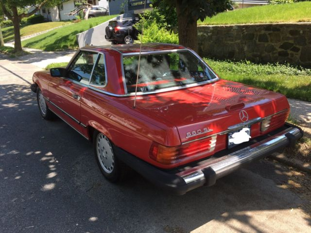 1989 red hard top convertible mercedes benz 560sl only for Used mercedes benz convertible for sale by owner