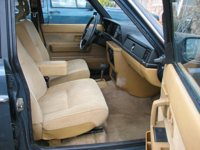 1989 Volvo 240 Wagon Body & Interior Excellent, Third Seat, Center Armrest, Etc for sale in ...