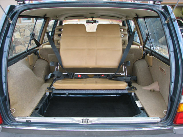 1989 volvo 240 wagon body interior excellent third seat for Garage seat nice