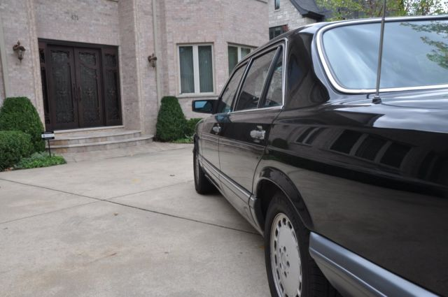 1990 mercedes benz 560 sel black with black leather interior. Black Bedroom Furniture Sets. Home Design Ideas
