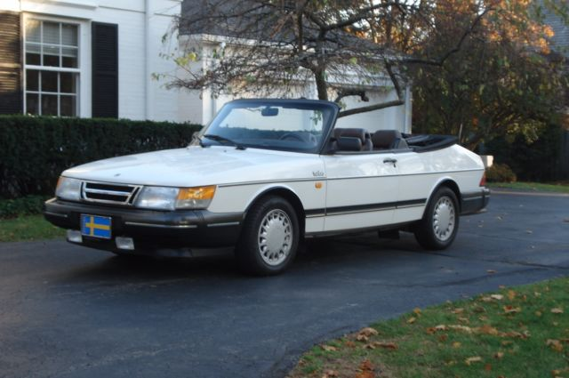 1990 saab 900 turbo convertible white very good condition. Black Bedroom Furniture Sets. Home Design Ideas