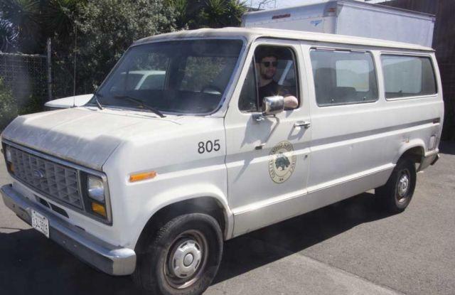 White Passenger Van 1991 Ford 3 Doo...