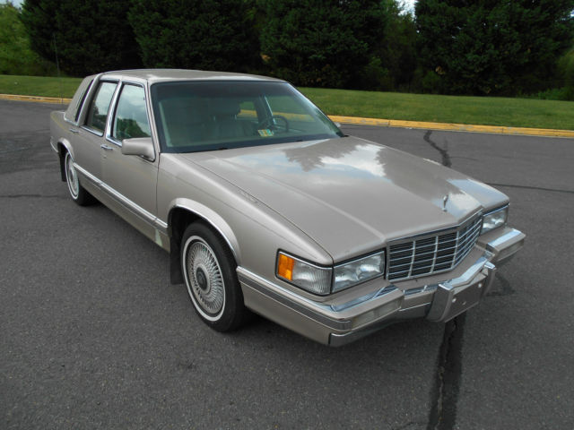 1992 cadillac deville base sedan 4 door 4 9l low mileage. Black Bedroom Furniture Sets. Home Design Ideas