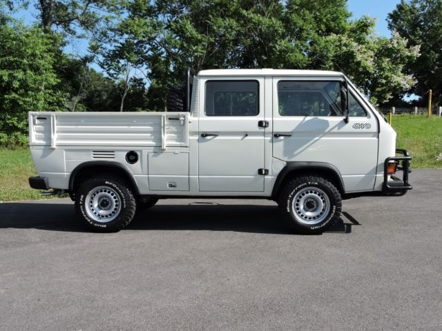 1992 Doka SYNCRO 16. Winch. ALL 3 LOCKERS. Back Rack. SUPERB TRUCK. No Reserve.