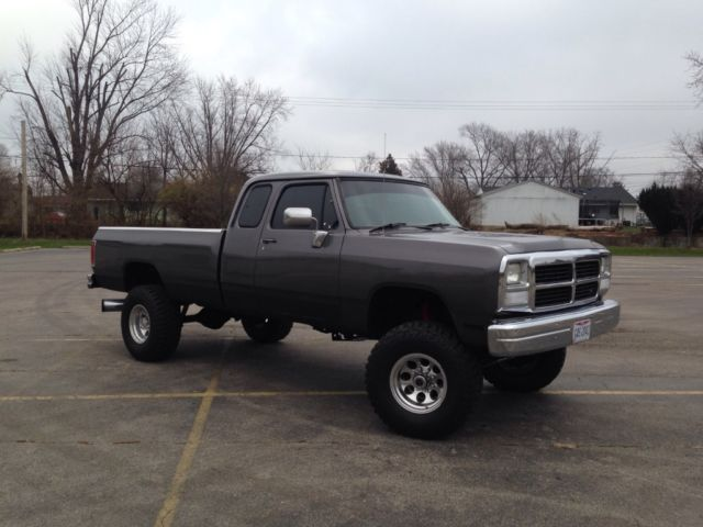 1993 dodge ram 1 ton 4x4 cummins turbo diesel for sale in new carlisle ohio united states. Black Bedroom Furniture Sets. Home Design Ideas