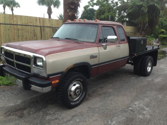 1993 dodge ram w 350 dually 4x4 le cummins diesel rust free for sale in west palm beach florida. Black Bedroom Furniture Sets. Home Design Ideas