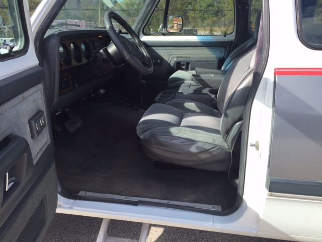 1993 Dodge W250 4x4 Cummins turbo diesel Extended Cab Clean interior NO RESERVE for sale in ...