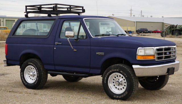 1993 ford bronco custom 4x4 a c low mileage classic. Black Bedroom Furniture Sets. Home Design Ideas