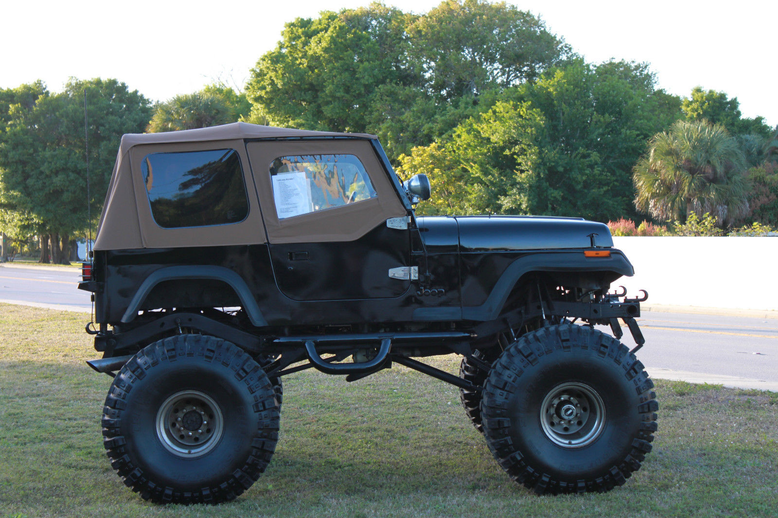 1993 lifted jeep wrangler 383 stroker monster 44 39 39 boggers free delivery for sale in fort. Black Bedroom Furniture Sets. Home Design Ideas