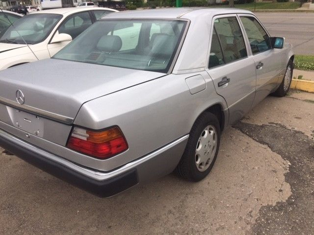 1993 mercedes 300e one owner excellent condition for Mercedes benz care
