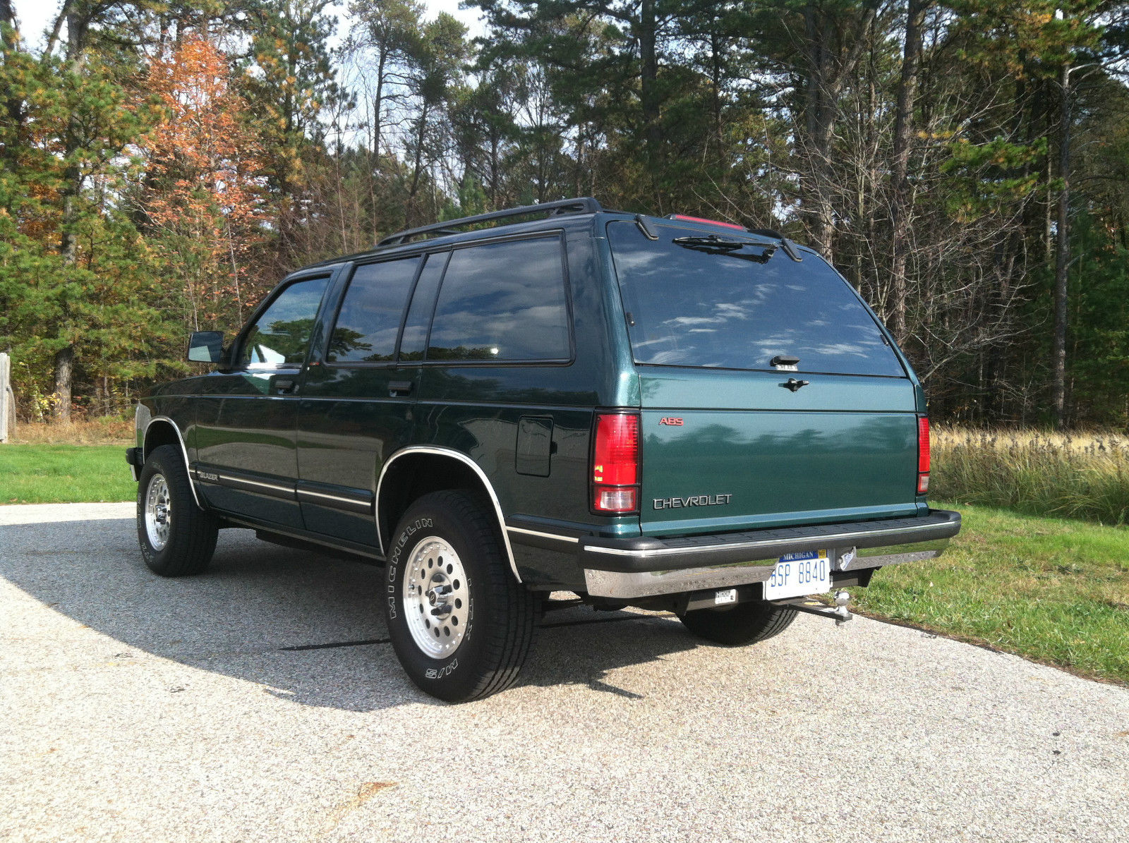 1994 chevrolet 4dr 4wd s10 blazer tahoe trim family owned grocery getter for sale in grand. Black Bedroom Furniture Sets. Home Design Ideas
