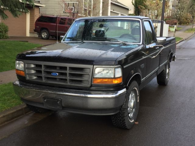 1994 f250 xl black rare 5 0l w 5spd ac 77k driven miles tow vehicle immaculate. Black Bedroom Furniture Sets. Home Design Ideas