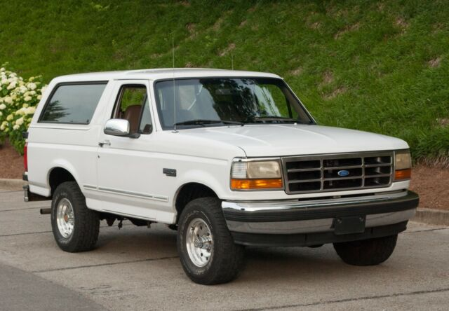 1994 Ford Bronco  351  White  Tan Leather  Tow Package For