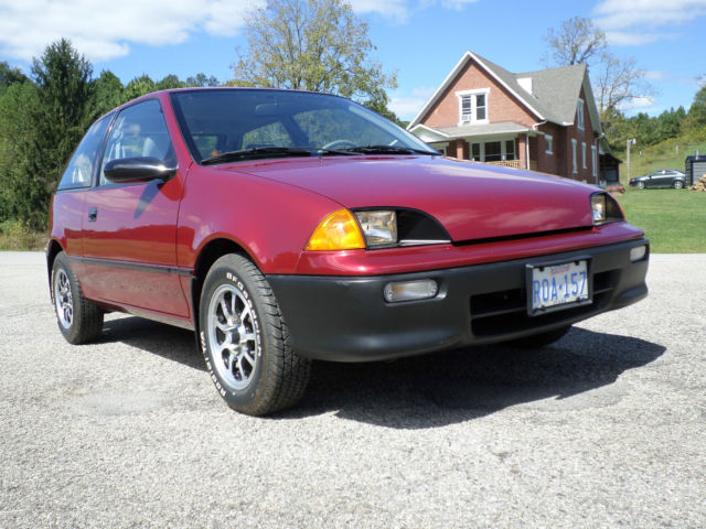 1994 geo metro garage barn find incredible 700 original miles mint as new 1 of 1 for sale in. Black Bedroom Furniture Sets. Home Design Ideas