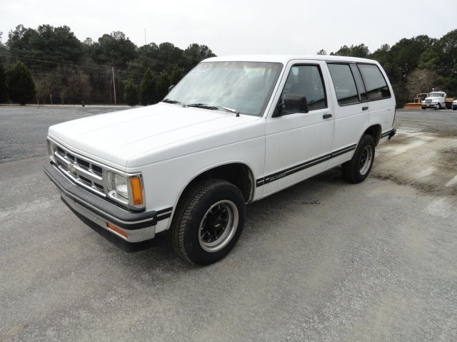 1994 White Four 4 Door Chevrolet S10 Blazer 2wd One Owner