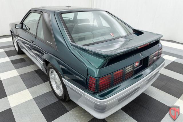 2dr hatchback gt only 33k original miles 5 spd manual sunroof super clean. Black Bedroom Furniture Sets. Home Design Ideas