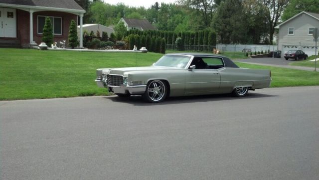 """69 Cadillac Coupe Deville. Lowered. 20"""" Wheels. For Sale"""