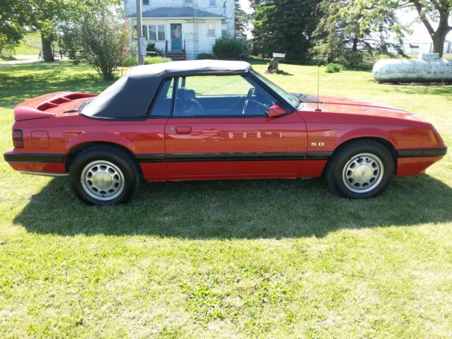 86 Ford Mustang Convertible 5 0 5 Speed