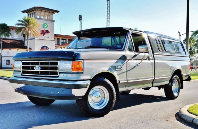 89 ford f 150 xlt lariat 30k original miles like new. Black Bedroom Furniture Sets. Home Design Ideas