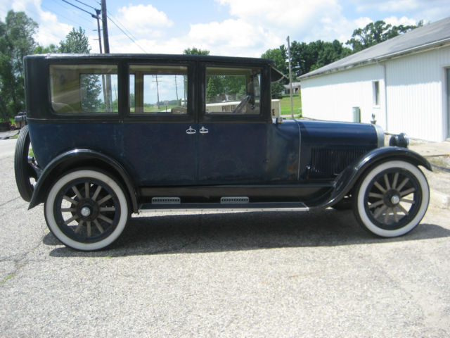 antique car  buick  passenger touring  door wood