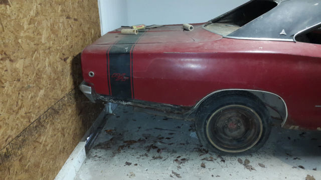 Barn Find Dodge Coronet Rt In Charger Red With Coronet Parts Car on Dodge Dakota R T Performance Parts
