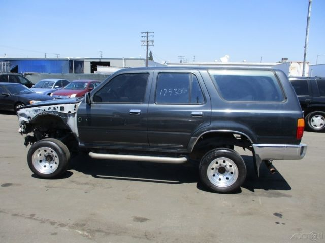 c 1992 toyota 4runner sr5 used 3l v6 automatic suv no reserve. Black Bedroom Furniture Sets. Home Design Ideas