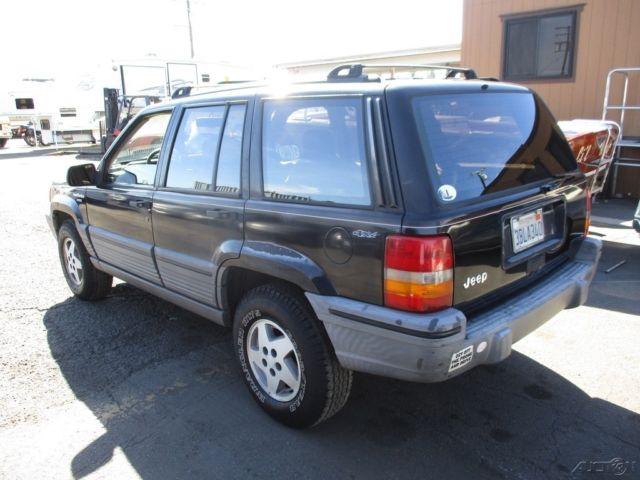 c 1993 jeep grand cherokee laredo used 4l i6 12v auotmatic suv no reserve. Black Bedroom Furniture Sets. Home Design Ideas