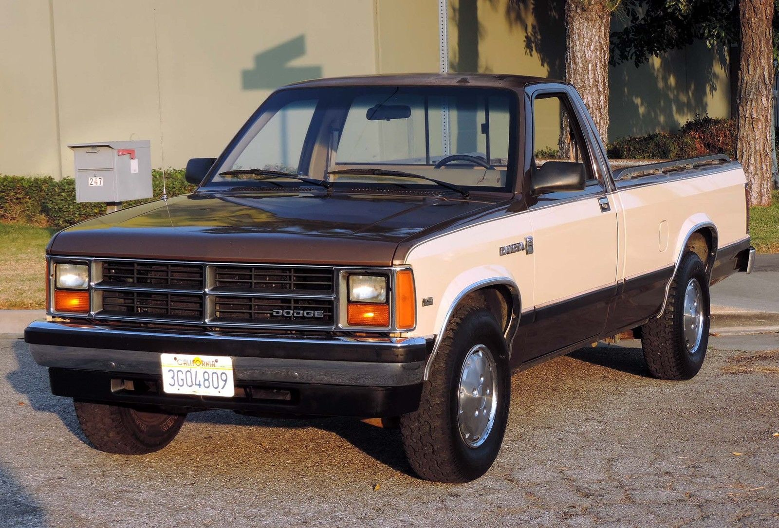 california original 1987 dakota pickup 95k orig miles 100. Black Bedroom Furniture Sets. Home Design Ideas