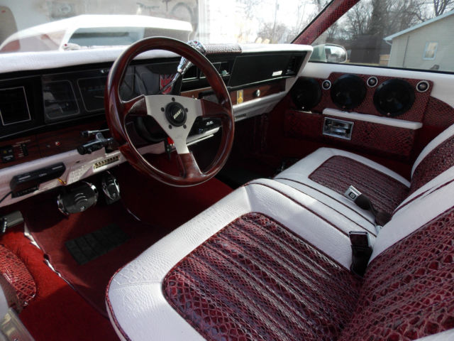Chevy caprice 2dr landau donk full custom 26 inch rims - Custom box chevy caprice interior ...