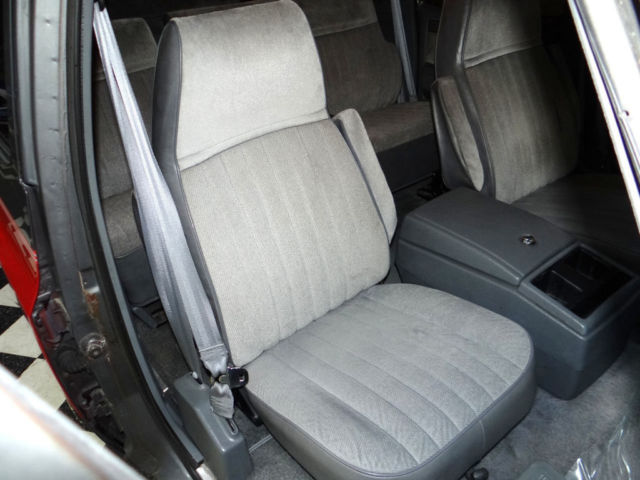 Chevy Suburban Suv 7 4 454 Big Block 3rd Row Seats Barn