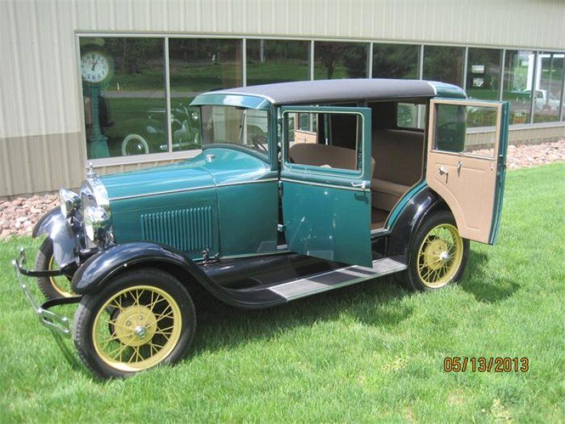 Classic 1929 ford 4 dr model a 4 door steel back briggs for 1929 ford model a 4 door sedan