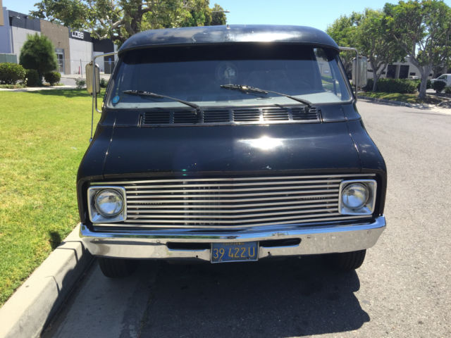 CLEAN 1972 Dodge Van B100 500 HP Corvette Engine Hot Rod