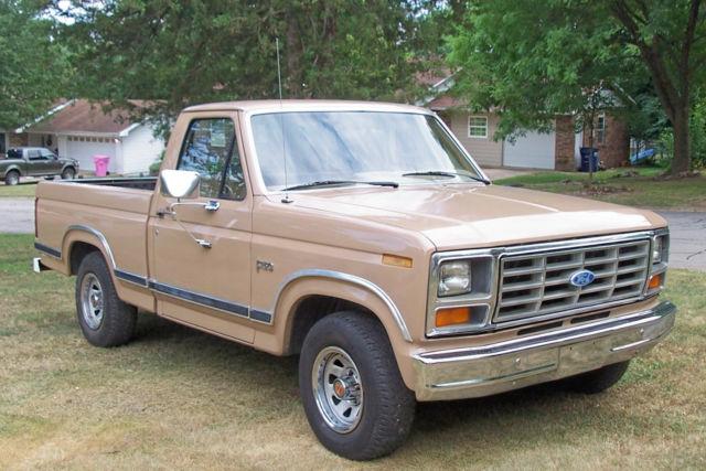 Clean Ford F Windsor Ex Speed Short Bed V Pickup Truck F on Ford 351 Windsor Engine
