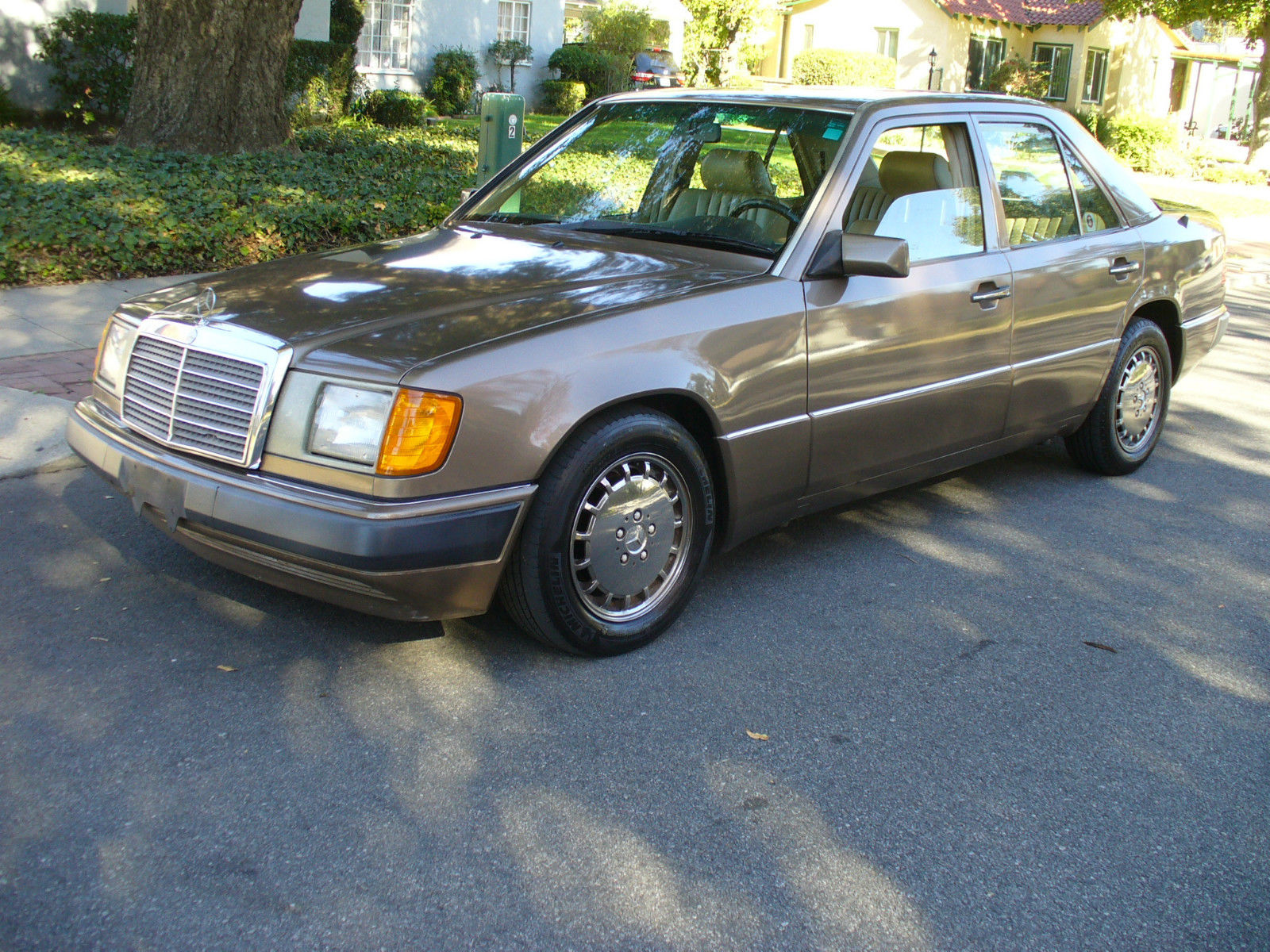 Service manual old car manuals online 1991 mercedes benz for Mercedes benz online