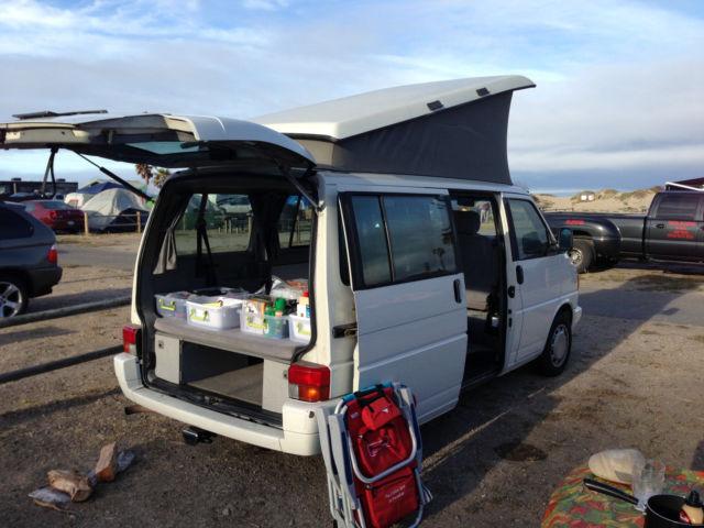 Eurovan VW - Weekender Camper (seats 7)