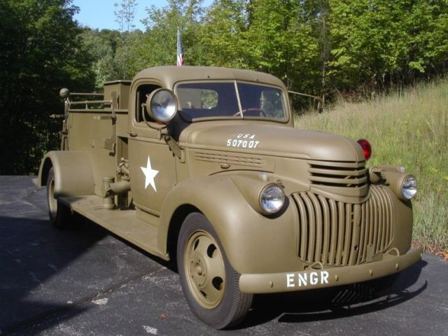 Extremely rare 1942 Chevy Buffalo Military Fire Truck ...