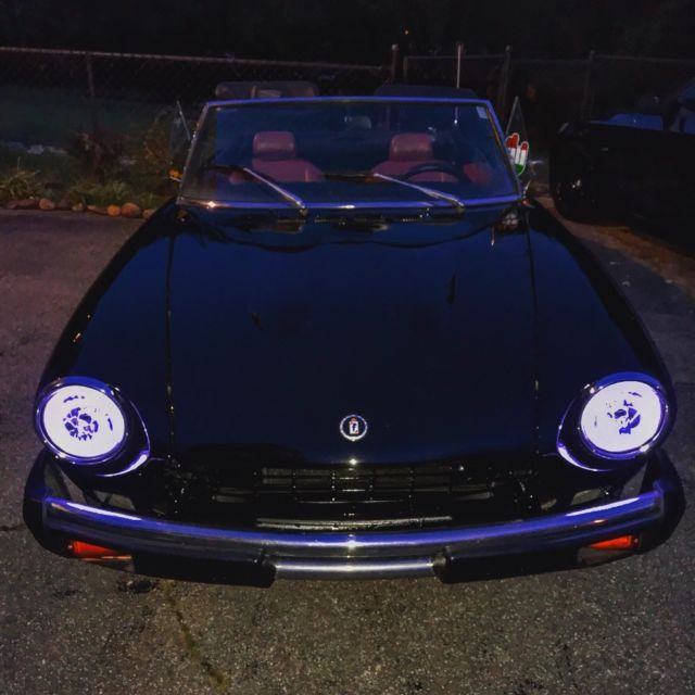 FIAT 124 SPIDER 1978 With 1800 LOTS OF NEW ! NICE COLOR COMBO