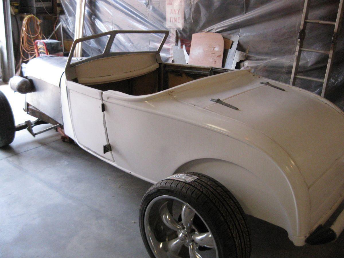 ford 1929 roadster ratrod 29 fiberglass replica custom street hotrod convertible for sale in. Black Bedroom Furniture Sets. Home Design Ideas