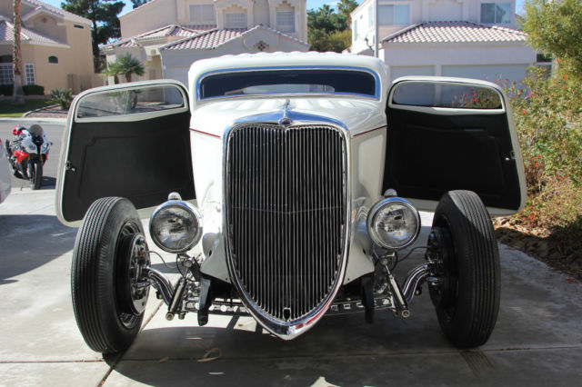 Ford 3 Window Coupe Street Rod V8 454 Turbo 400