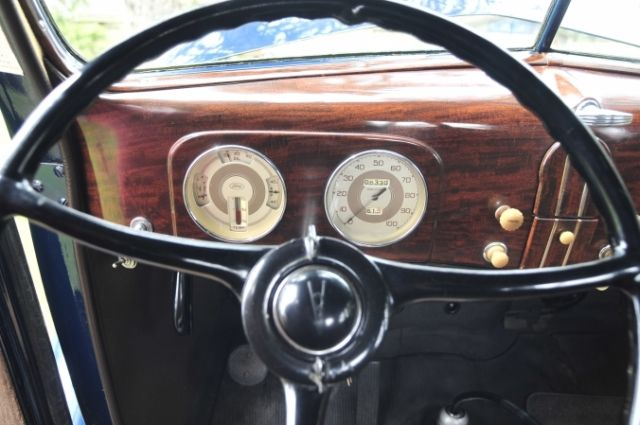 Ford Coupe Standard 1937 Antique Mohair Interior
