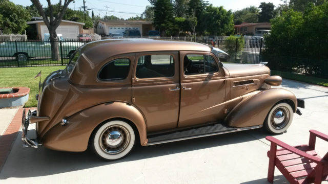 Fully restored gold 1937 chevy master deluxe 4 door for 1937 chevy 4 door sedan