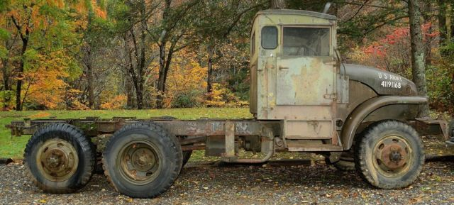 GMC M211 Deuce and a half 2-1/2-ton 6x6 Army / military ...